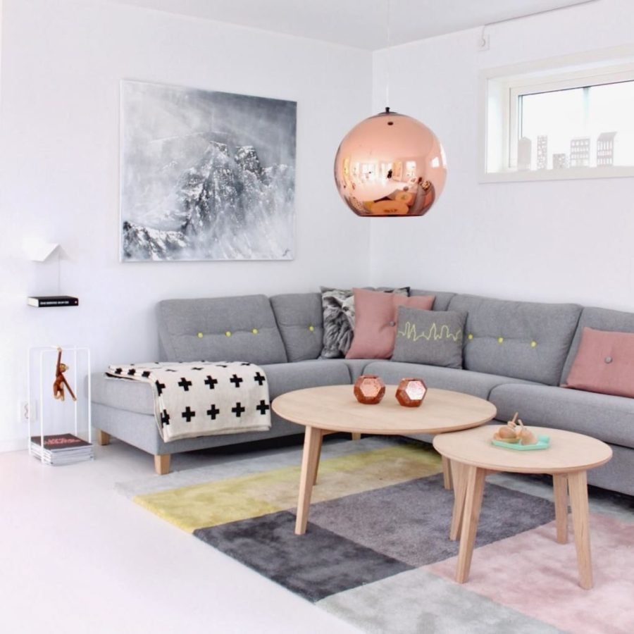 Scandinavian interior with pink accents